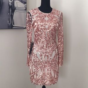 NWT Bebe Long Sleeve Rose Sequin Mesh Midi Dress